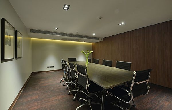 The-Hudson-Sathorn-7-Bangkok-condo-for-sale-meeting-room